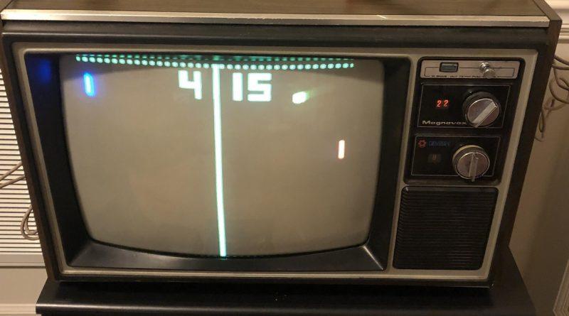 Pong su un vecchio televisore
